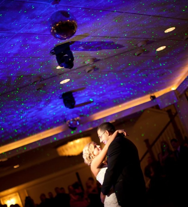 romantic-wedding-lighting-cropped